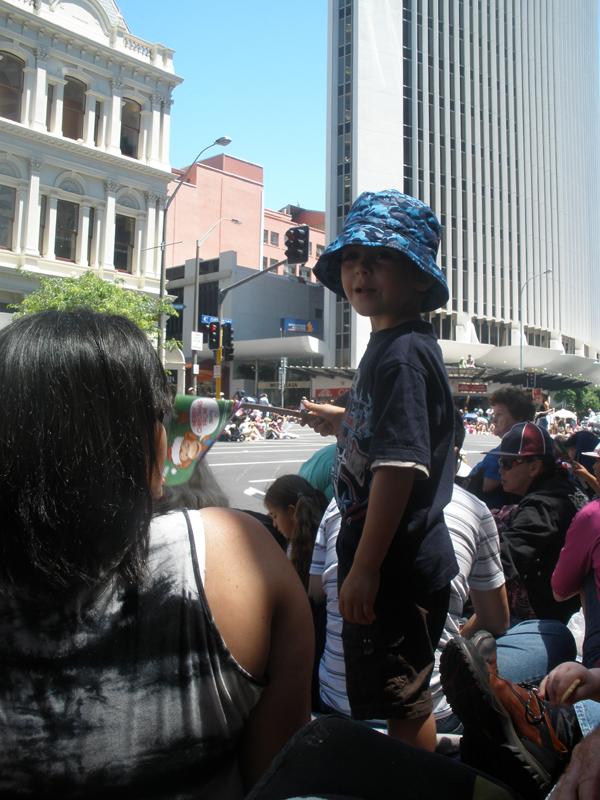 Parade9